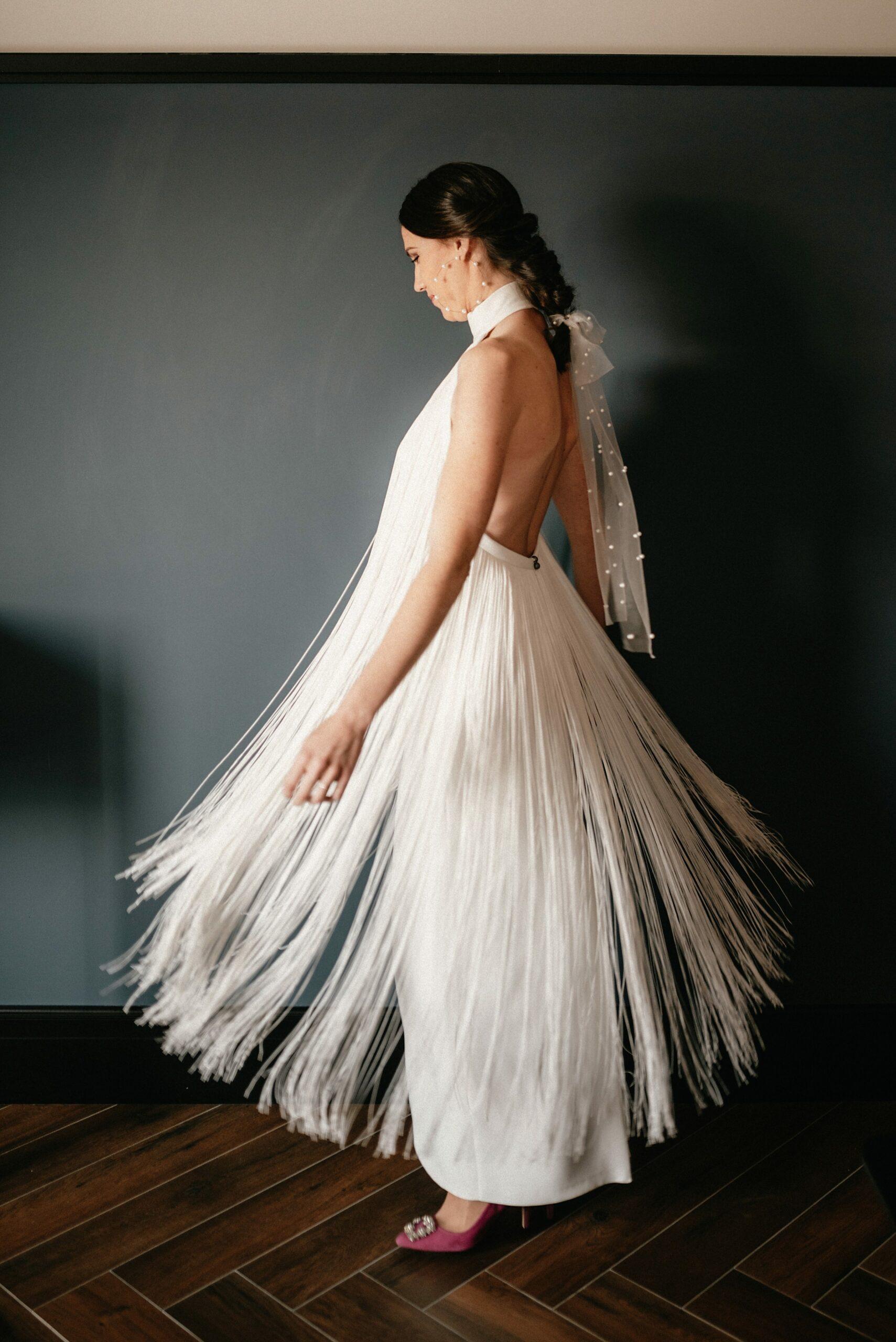 Vestido de Yolanda Torres; Shooting en colaboración con Sastrería Aldabaldetreku